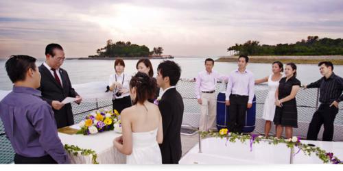 Yacht-event-venuerific-blog-yacht-wedding
