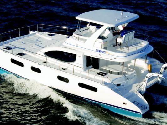 unique-event-ideas-venuerific-blog-mikanna-luxury-yacht