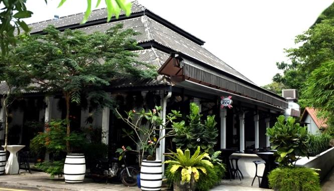 Valentine's-day-restaurant-venuerific-blog-CM-PB-restaurant-exterior