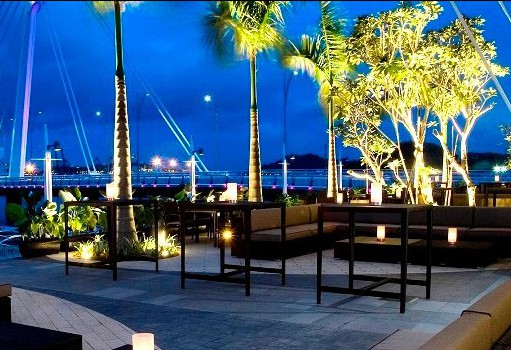 Valentine's-day-restaurant-venuerific-blog-prive-grill-dining-waterfront-bar