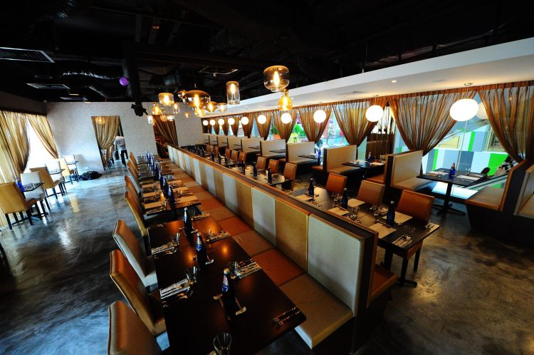 Restaurants-for-chinese-new-year-venuerific-blog-new-age-restaurant