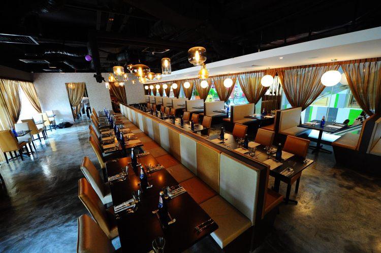set-singapore-diningarea-2015-restaurant