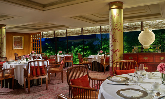 Restaurants-for-chinese-new-year-venuerific-blog-Summer-Palace-dining
