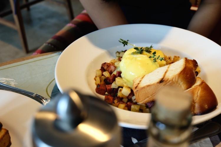 Hot-brunch-venues-venuerific-blog-wild-honey-dish