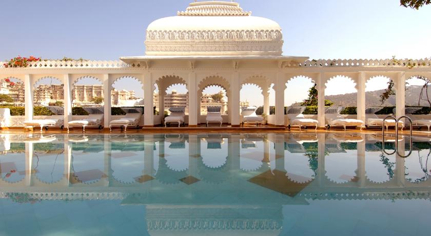 Most-amazing-spaces-venuerific-blog-taj-lake-palace-hotel-india