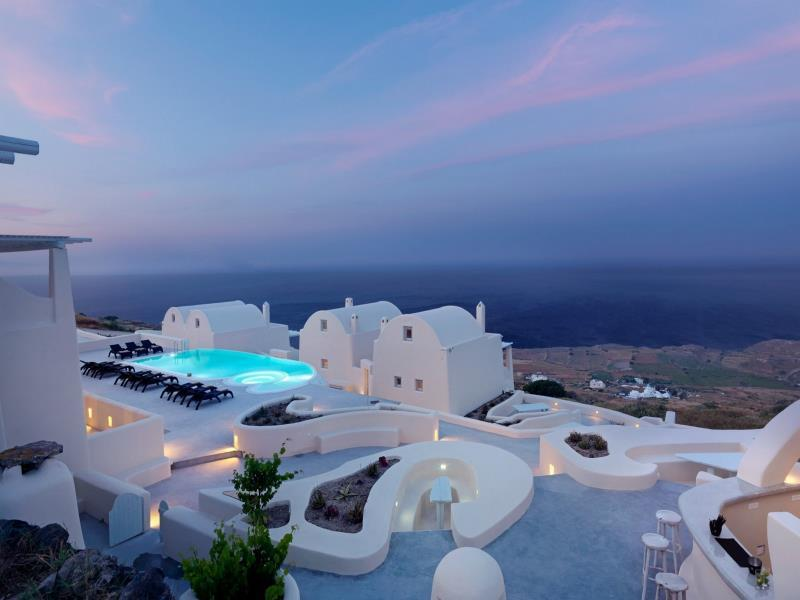 Most-amazing-spaces-venuerific-blog-dome-resort-santorini-greece-swimming-pool