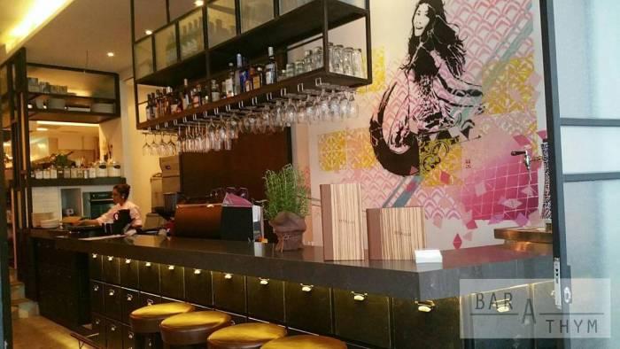 best-lunch-deals-singapore-venuerific-blog-bar-a-thym-bar-area