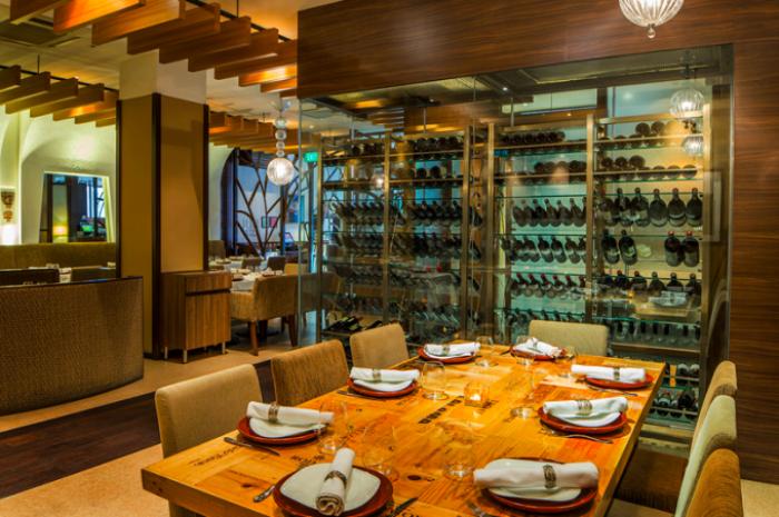best-lunch-deals-singapore-venuerific-blog-binomio-dining-area