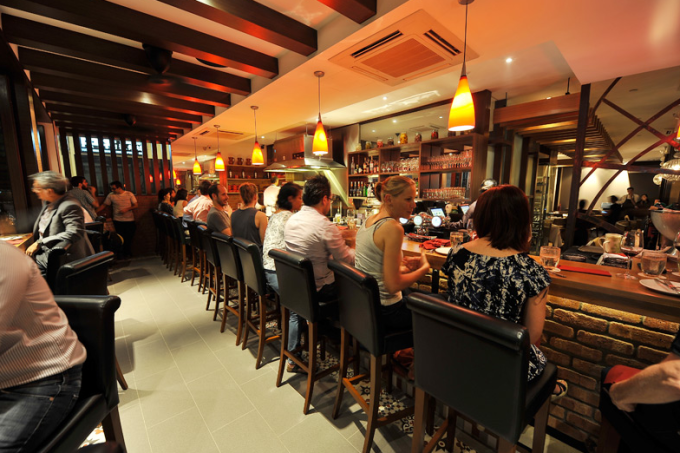 best-lunch-deals-singapore-venuerific-blog-binomio-bar-area