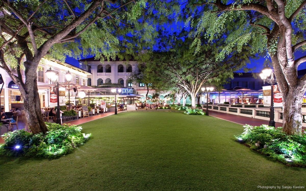 Unconventional-prom-venues-venuerific-blog-CHIJMES-lawn