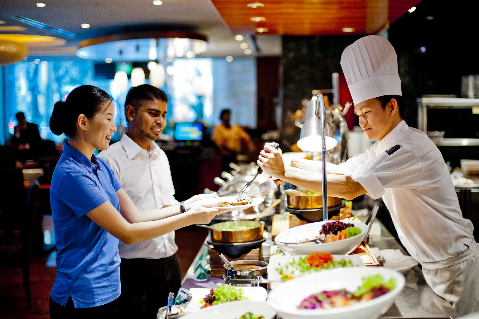 best-lunch-deals-singapore-venuerific-blog-m-hotel-buffet-spread