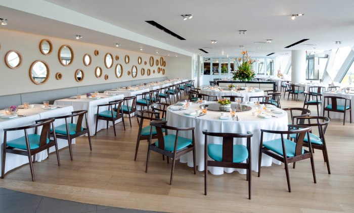 unlisted-collection-venuerific-blog-majestic-bay-seafood-restaurant-dining-area