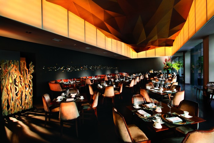 unlisted-collection-venuerific-blog-jing-seafood-restaurant-indoor-dining-area