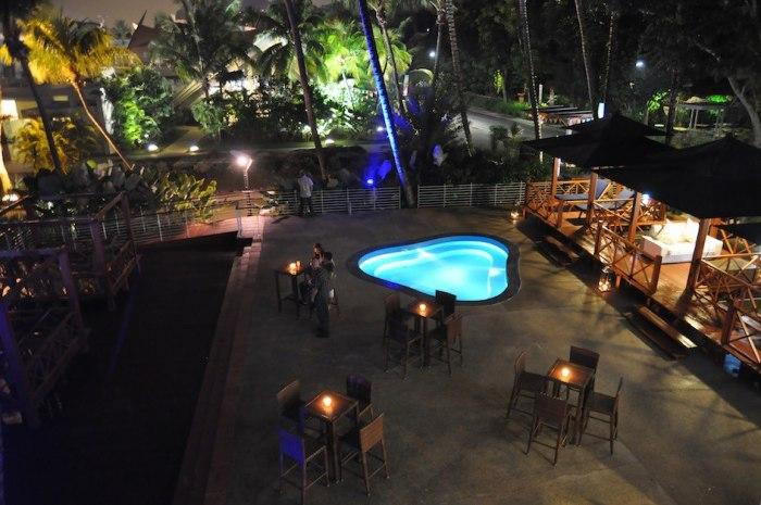 Mambo-Beach-Club-Jacuzzi-Sentosa-Singapore-Party-Corporate-Wedding-Others-Venuerific-1