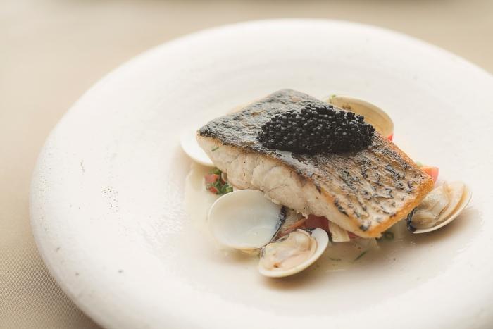 best-lunch-deals-singapore-venuerific-blog-restaurant-ember-pan-roasted-barramundi