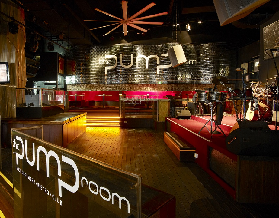 Unconventional-prom-venues-venuerific-blog-The-Pump-Room-live-band