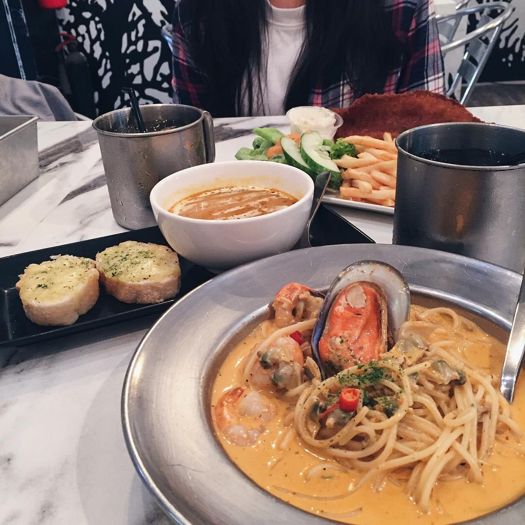 Singaporean Fusion Food
