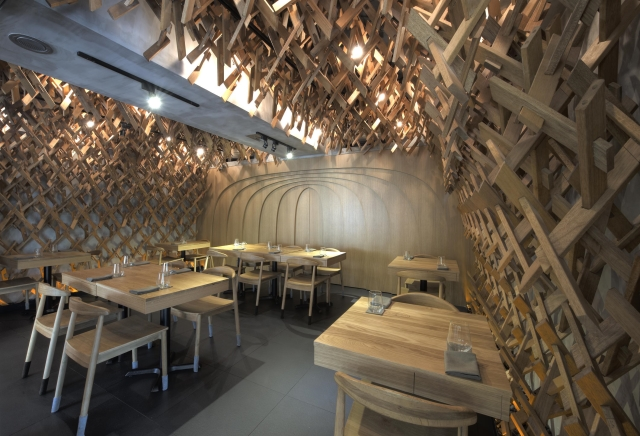 Singaporean-Fusion-Food-venuerific-blog-wild-rocket-interior-design