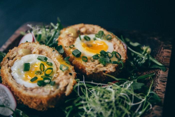 Singaporean-Fusion-Food-venuerific-blog-wanton-seng-noodle-bar-fusion-egg