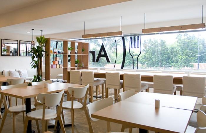 Singaporean-Fusion-Food-venuerific-blog-the-arbite-interior