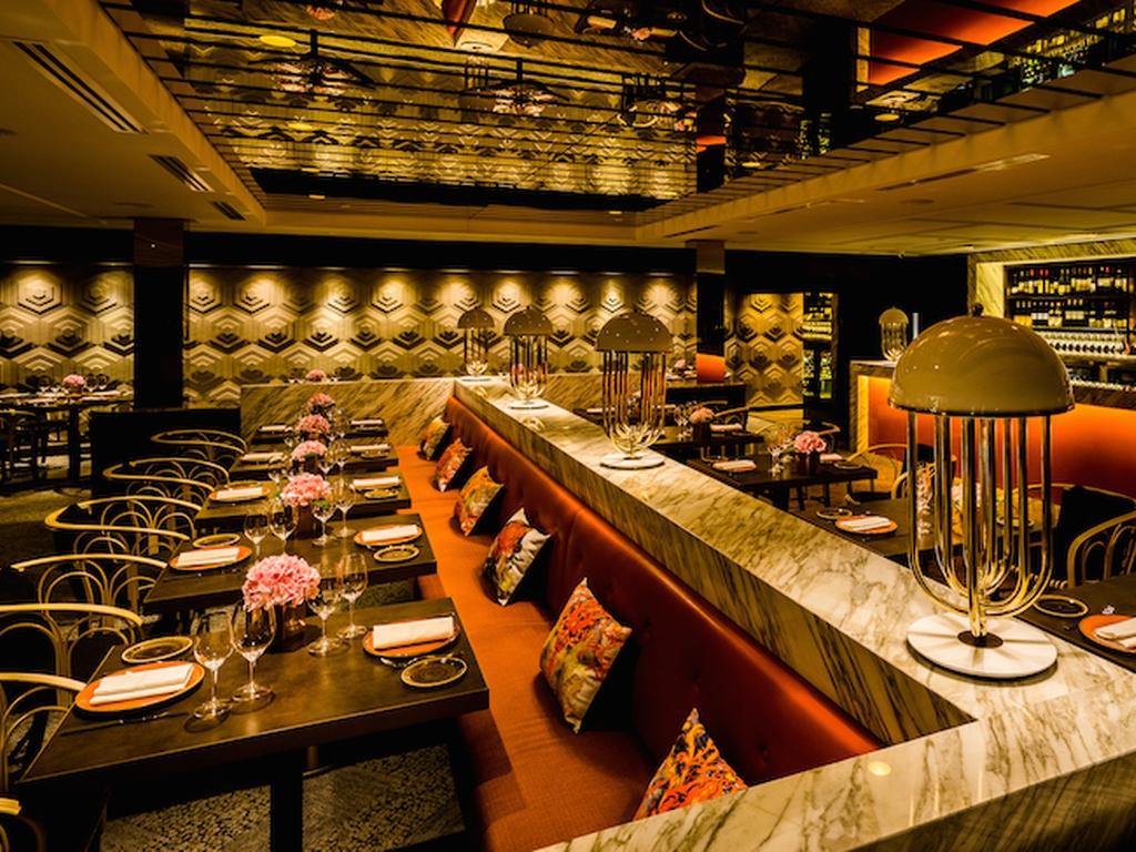 glamourous-f1-party-venuerific-blog-aura-restaurant-pretty-interior
