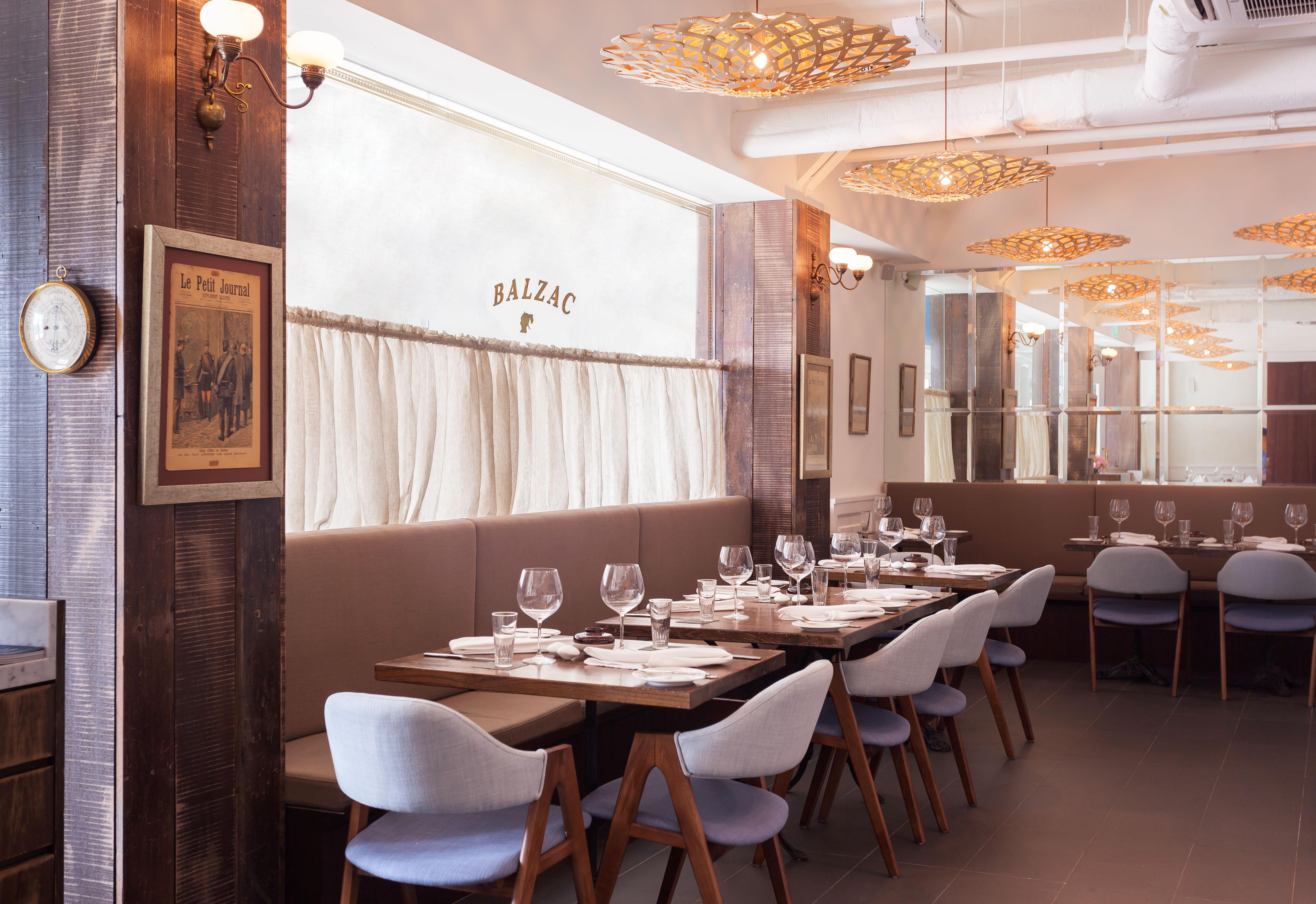 Balzac-Brasserie-Bar-fort-venuerific-blog-canning-art-center-restaurant
