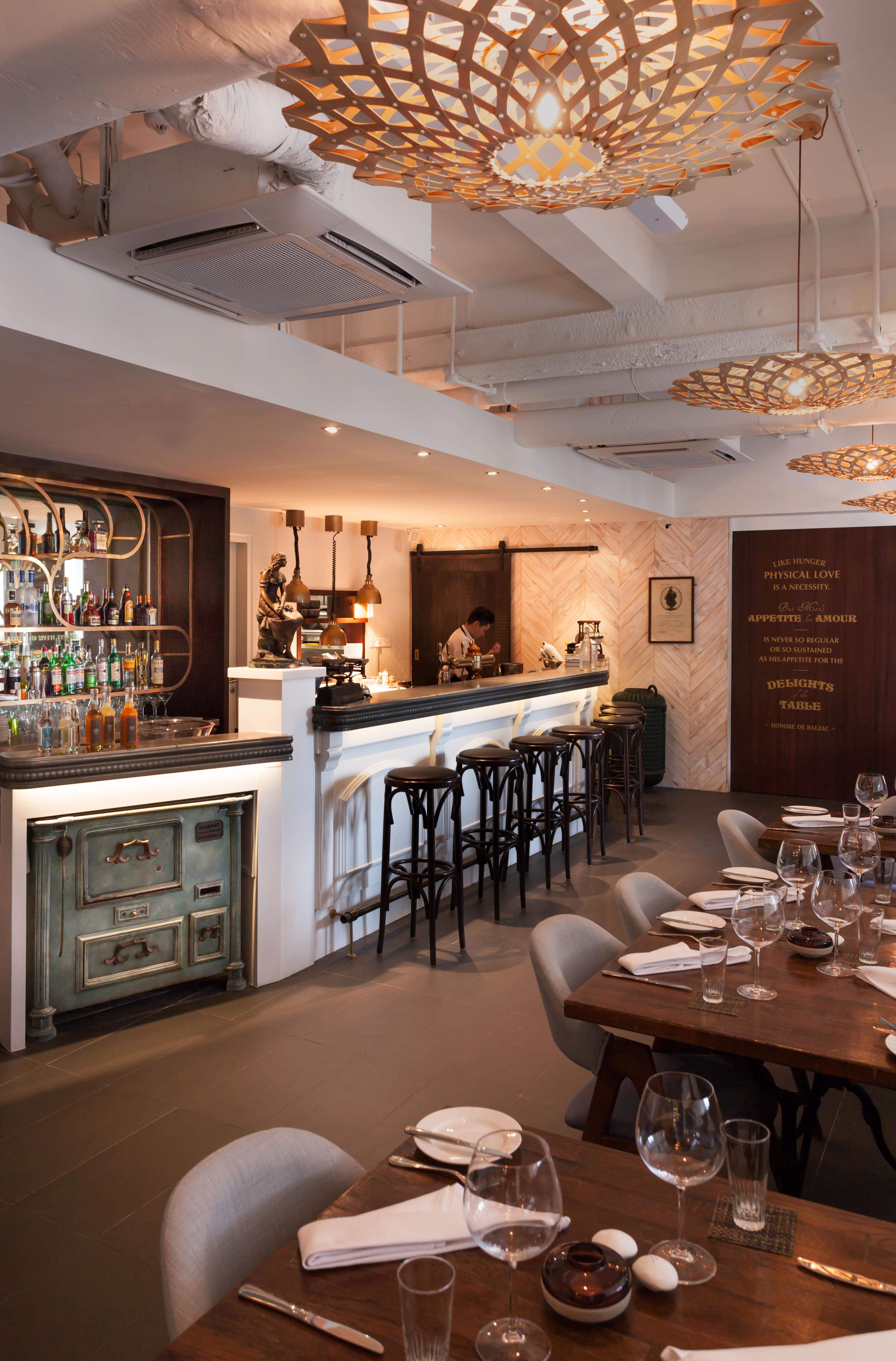 Balzac-Brasserie-Bar-fort-venuerific-blog-cocktail-bar