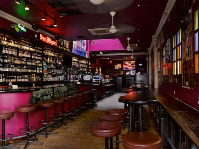 hipster-bars-singapore-venuerific-blog-ice-cold-beer
