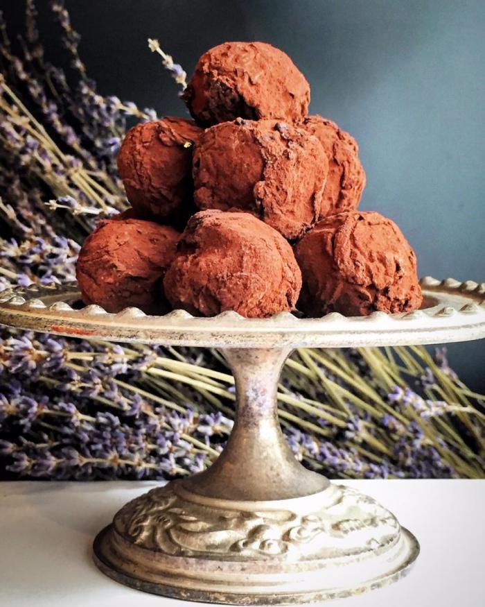 Dessert-Cafes-venuerific-blog-mad-about-sucre-Hazelnut-Truffle