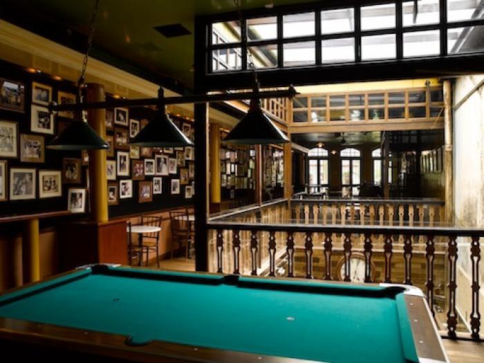 hipster-bars-singapore-venuerific-blog-no.5-emerald-hill-cocktail-bar