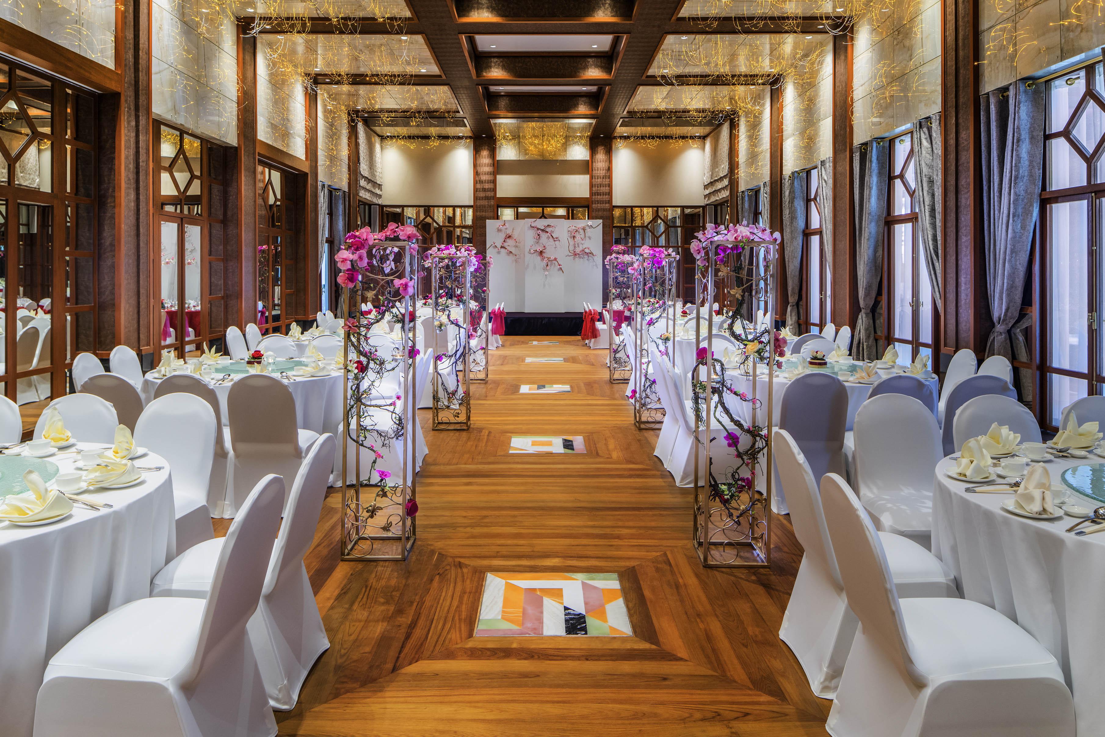 Sofitel-Singapore-Sentosa-Resort-Spa-venuerific-blog-straits-ballroom-wedding