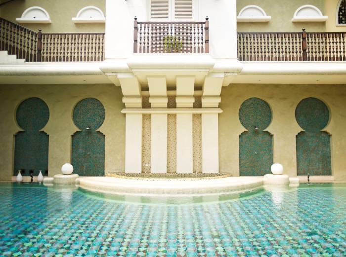 Breathtaking-venues-venuerific-blog-rumah-maroko-pool