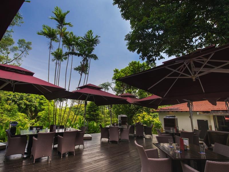 30th-birthday-celebration-venuerific-blog-dunearn-restaurant