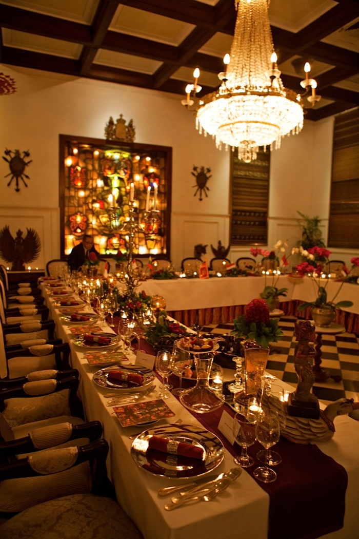 private dinner with european table decoration