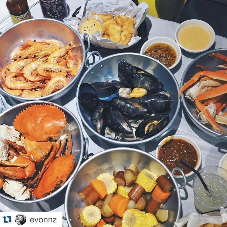 Dancing-Crab-Restaurant-Event-Dinner-Corporate-Lunch-Food.jpg