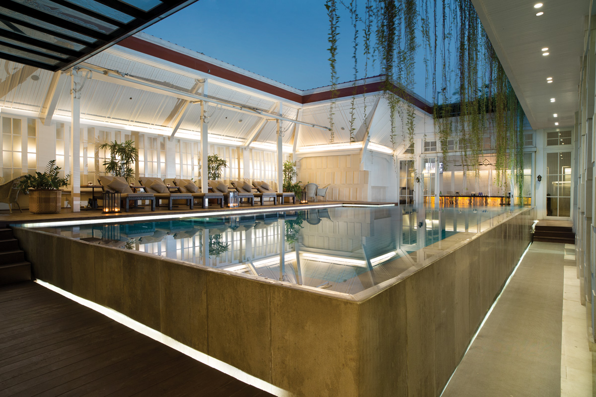 Best-pool-venues-venuerific-blog-La'Vue