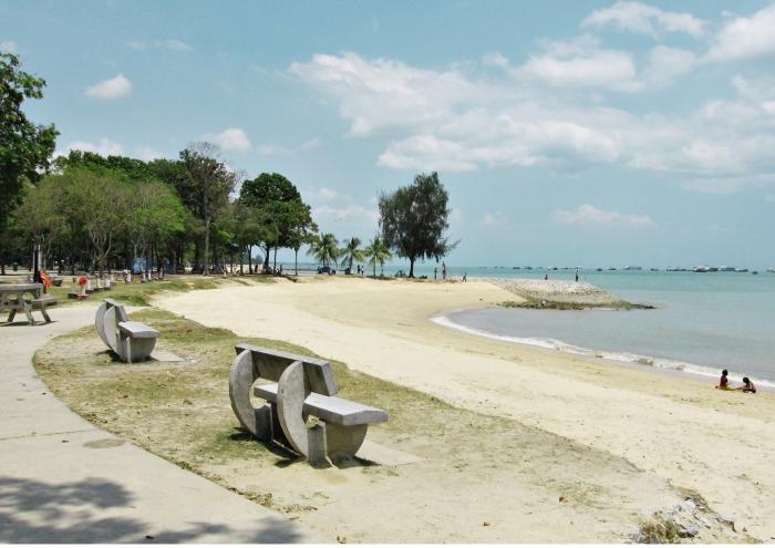 Pokemon-go-venuerific-blog-east-coast-park-beach-side
