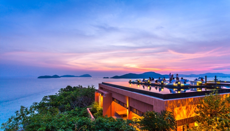 05sri-panwa-baba-nest-world-best-rooftop-sunset-lounge-with-360-panoramic-sea-views-bar-phuket-thailand