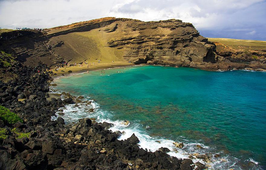 7-papakolea-green-sand-beach-hawaii-mark-ritter