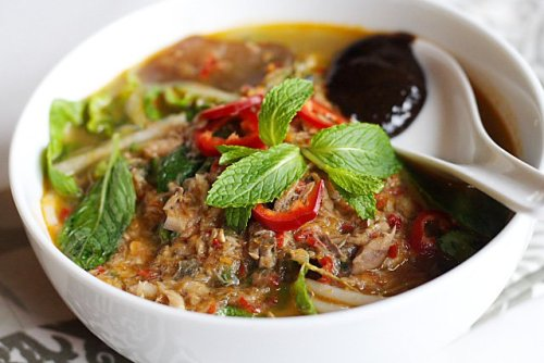 Popular-street-food-venuerific-blog-penang-ayam-laksa