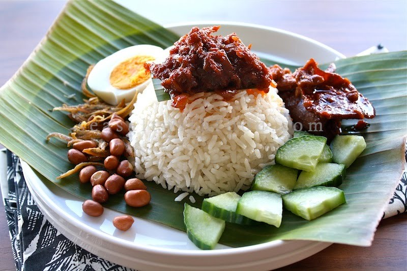 Popular-street-food-venuerific-blog-nasi-lemak