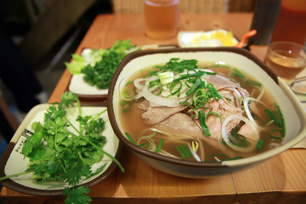 Popular-street-food-venuerific-blog-pho-bo