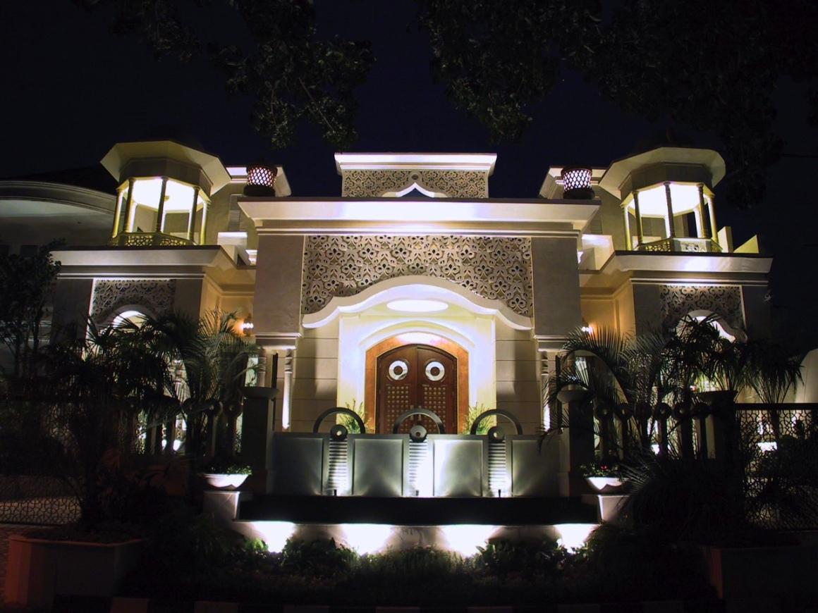 RUMAH_MAROKO_FUNCTION_HOUSE_INDONESIA.jpeg